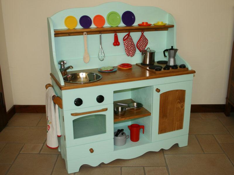 Legno e stoffa giocattoli di legno - Cucina legno bambini usata ...